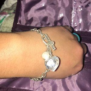 AEO bracelet